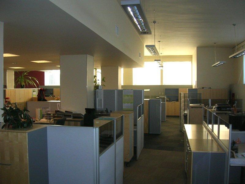 Klimatyzacja kanałowa w biurze